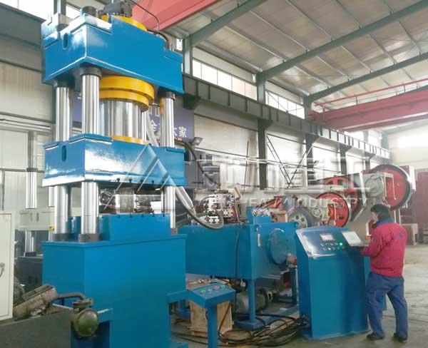 630吨四柱液压机YW32-630T冲压成型机