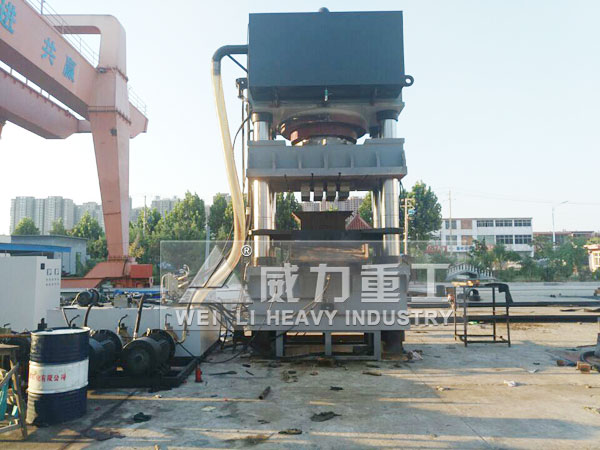 4000吨四柱液压机-4000T铅粉压型油压压力机