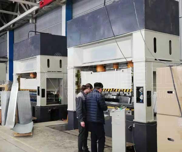 630吨框架式单动薄板拉伸液压机