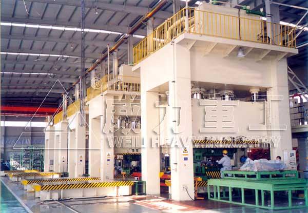 1250框架式金属挤压/热模锻液压机