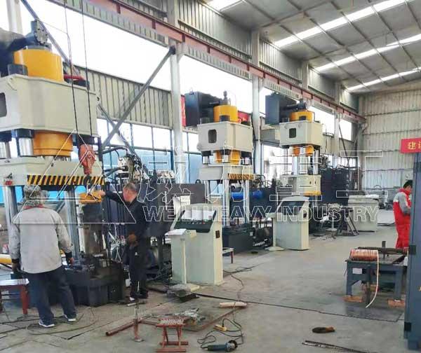 630吨活塞杆锻造液压机_630T金属热锻成型油压机