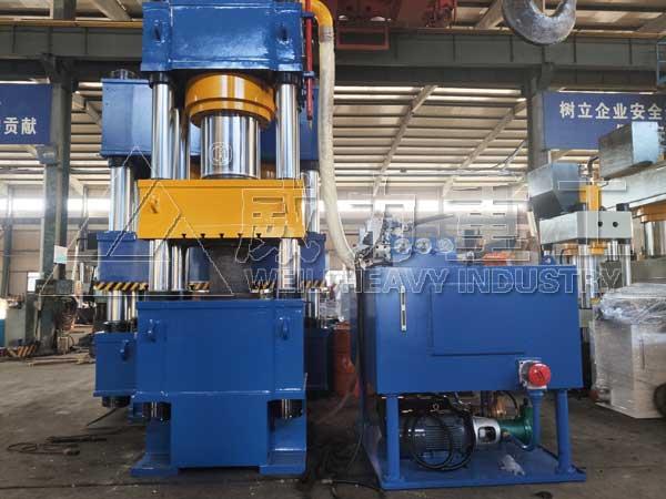 出口630吨四柱液压机